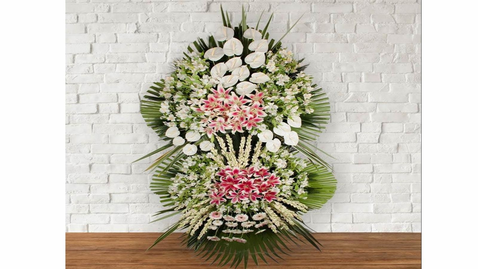 تاج گل خیریه به جای سفارش گل طبیعی | ساخت تاج گل از گل های مصنوعی به جای گل طبیعی