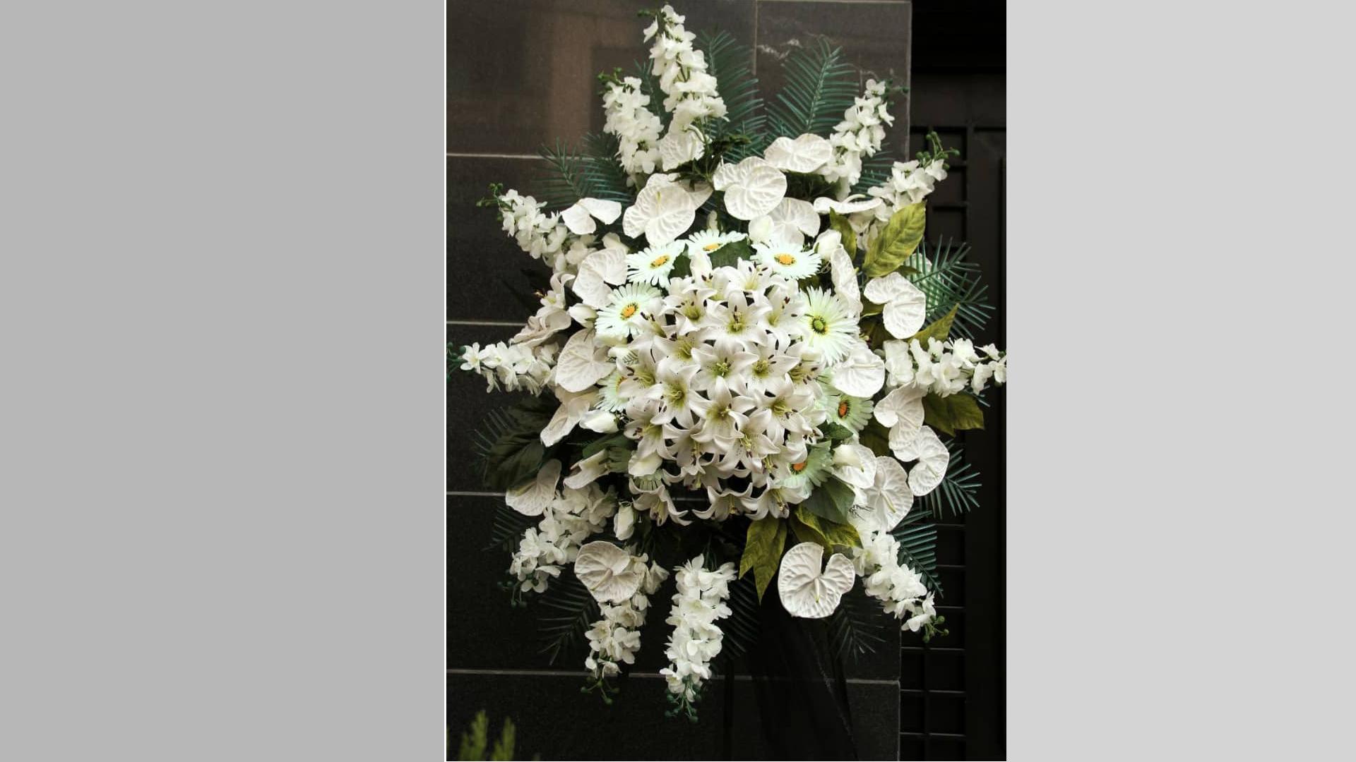 سفارش تاج گل مصنوعی